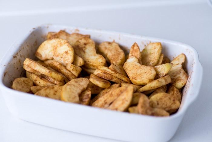 Marzipan-Apple-Pie-Mondomulia-2