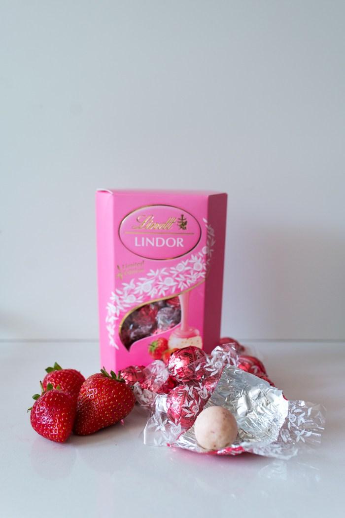 White-Chocolate-Ice-Cream-Lindor-1