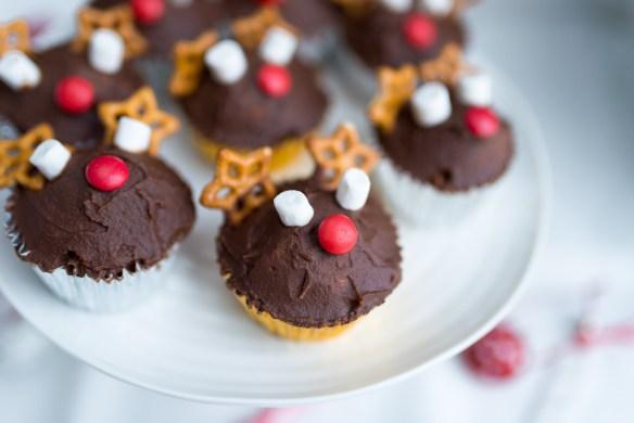 Reindeer-Cupcakes-4
