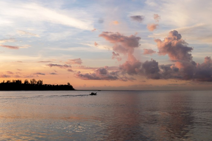 Santubong-River-Sarawak-Borneo-4