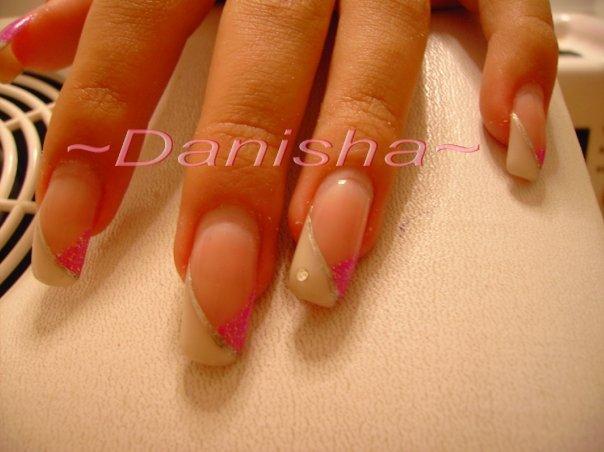 French bianco particolare  Moni nails 86s  nail art ricostruzione e non solo