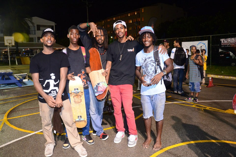 Movement Skate team along with Mikul Miyagi from True Love in the middle