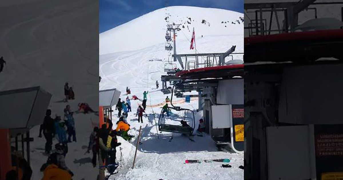 ski chair lift malfunction vibrating sex this super freaky glitch reminds us that life is a nightmarish simulation