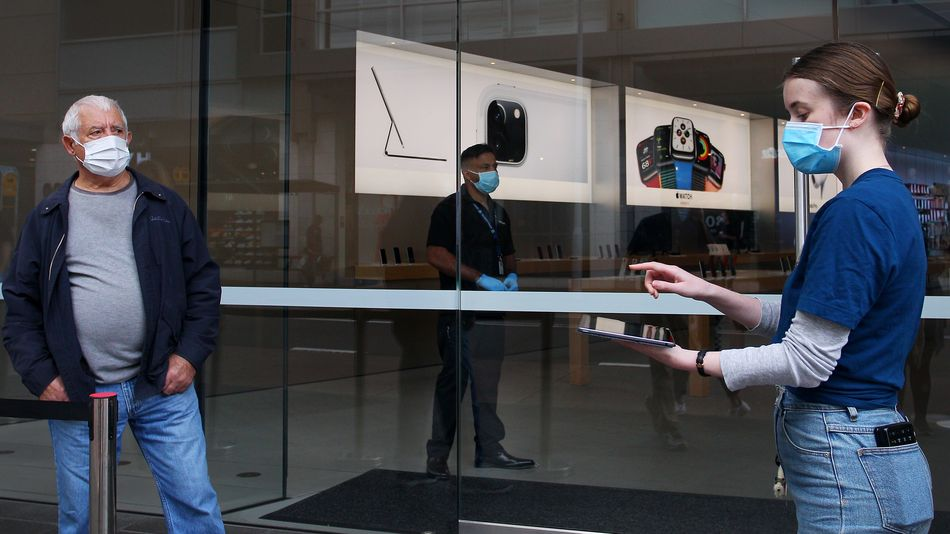 Apple to begin reopening U.S. stores this month