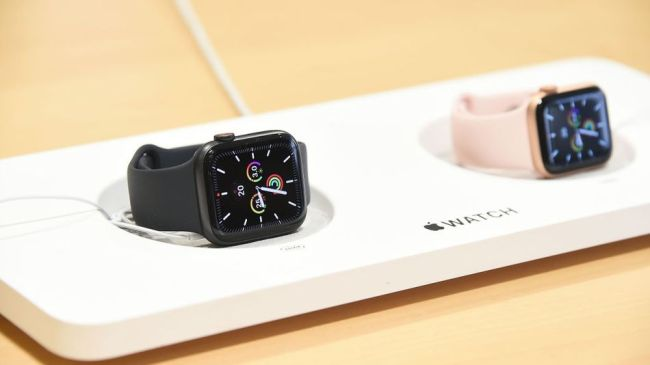 Apple is offering free Apple Watch repairs to fix Power Reserve charging issue