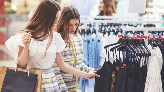 Receive tips on how to improve your retail business, from purchasing to website basics.