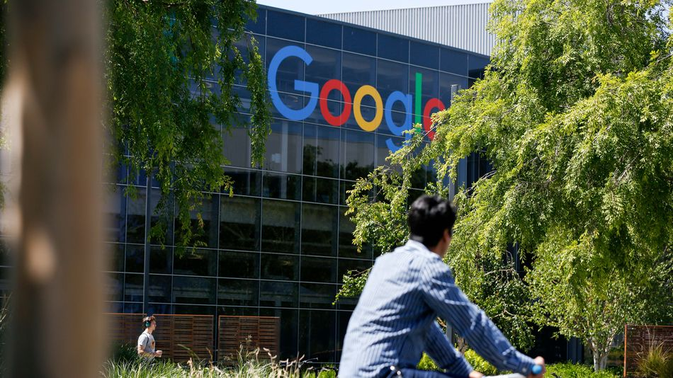 Google asks tens of thousands of U.S. workers to stay home amid coronavirus fears