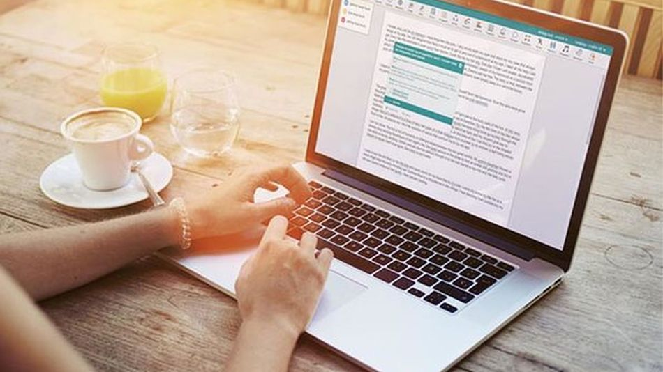 Improve your writing style with the help of AI technology.