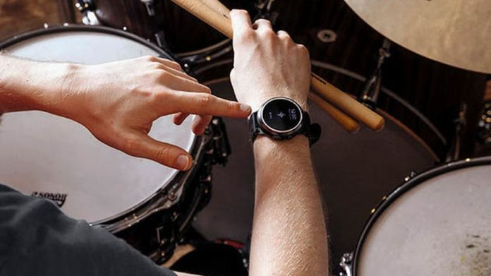 Use the built-in metronome to keep in rhythm.