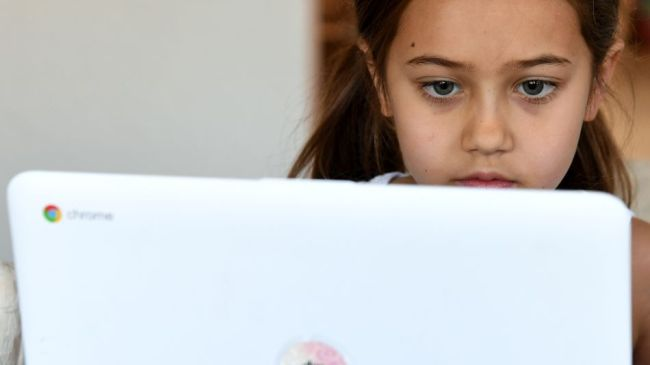 8 questions to ask about online learning platforms for kids