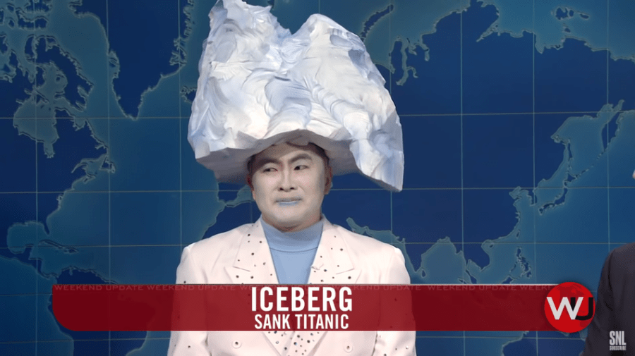 An amazing 'SNL' Weekend Update sits for an interview with the Titanic iceberg