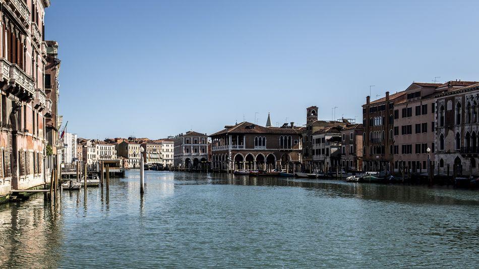 Photos show Venice's canals eerily empty during coronavirus pandemic