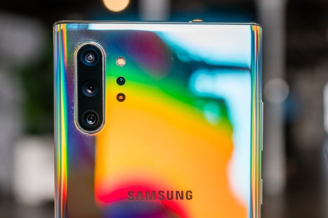 Both Note 10's have a 12-megapixel main camera, 12-megapixel telephoto lens, and a 16-megapixel ultra-wide camera.