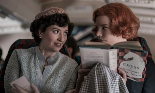 """Alma (Marielle Heller) and Beth (Anya Taylor-Joy) travel to Mexico in the pivotal midpoint of """"The Queen's Gambit."""""""