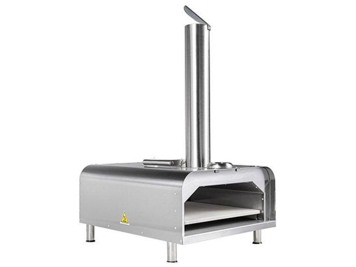 Make yummy pizzas every night with 39% off this wood fire oven