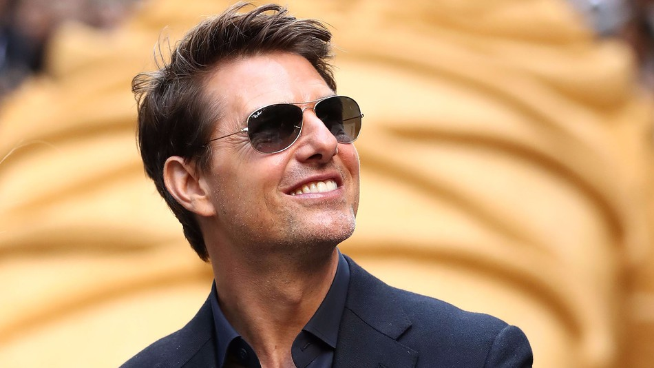 Tom Cruise Just Cleared The Runway For Top Gun 2 Better