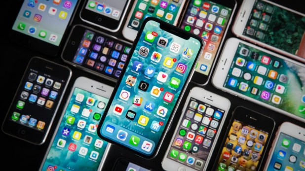 iPhone: The iPhone might not get 5G cellular connectivity in 2020 if Apple doesn't find a 5G modem supplier fast.