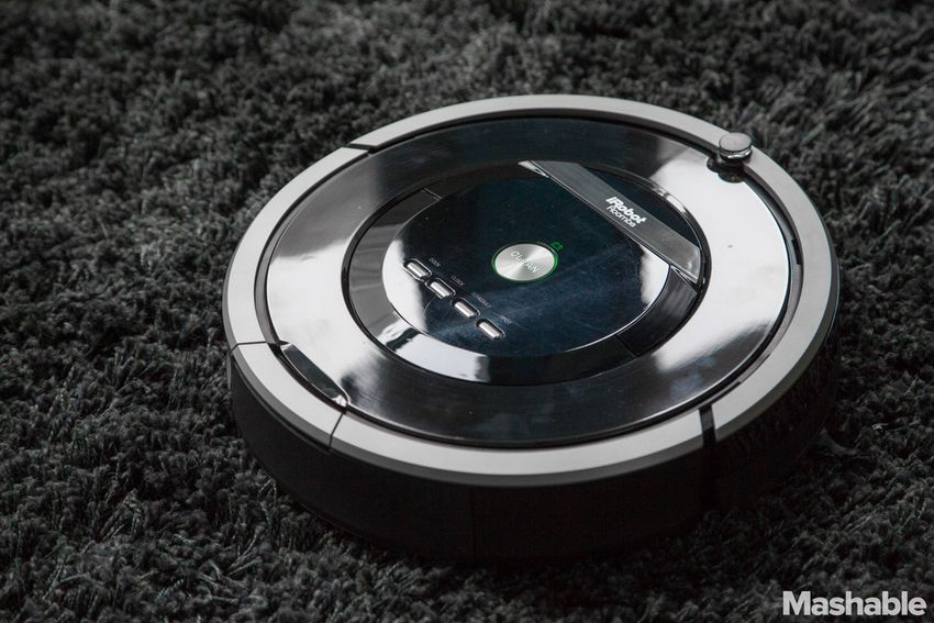 Roomba 880 Has More Sucking Power, Trouble With Obstacles [REVIEW]