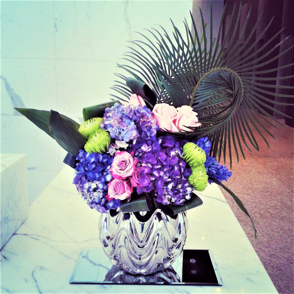 Weekly flowers and corporate flower subscription
