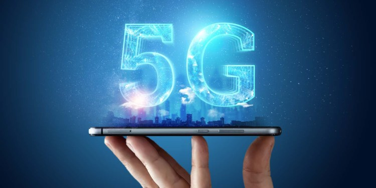Thailand Prime Minister leads National Committee to promote 5G development