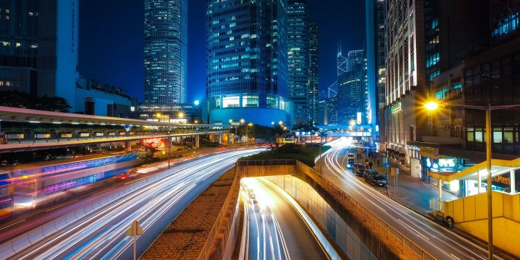Hong Kong systematically expands resource efficiency and invests in infrastructure