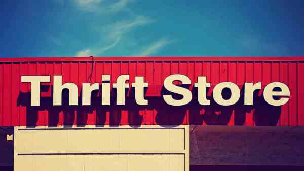 Hand Shopping Save Thrift Stores & Consignment Shops