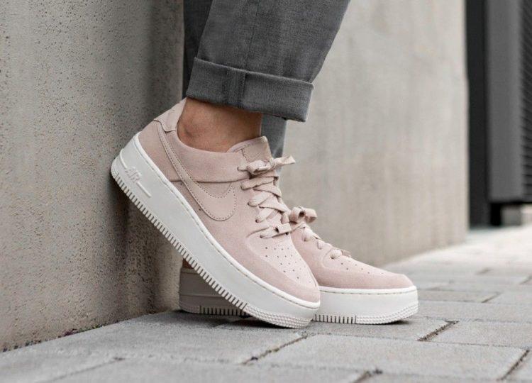 Nike Air Force 1 Sage Low Sneakers