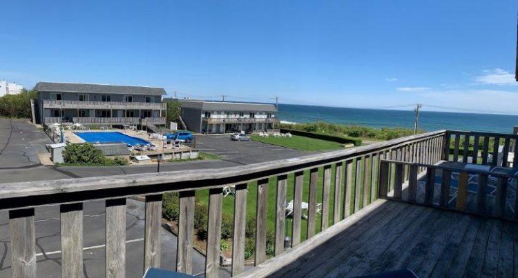 Hartman's Briney Breezes Resort
