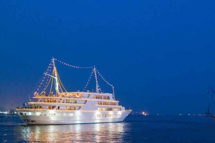 Flagship Cruises – Dinner Cruises