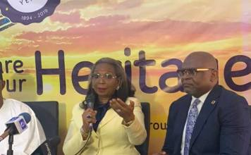 L-R: Ibukun Awosika, chairman, FirstBank with Adesola Adeduntan, MD, FirstBank at the hoisting of the 125th Anniversary flag of FirstBank in Lagos on Friday. IMAGE/ MoneyIssues