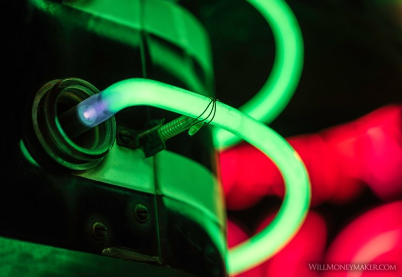 A Brief History of Neon Lighting