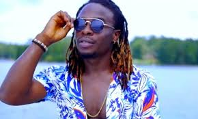 Top 10 Best Cameroonian Musicians: Mr. Leo