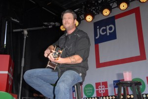 Blake Shelton Net Worth Time