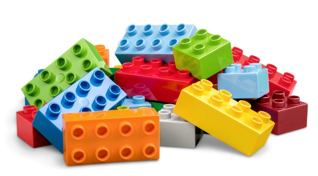 How to find LEGO cheap - pile of bricks