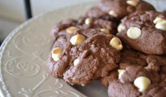 Double Chocolate Chip Cake Mix Cookies are so good and so easy to make! Only takes a few ingredients! #homemade #semihomemade #cakemixcookies #cookierecipe #cakemixcookies #chocolatechipcookies #doublechocolatechip