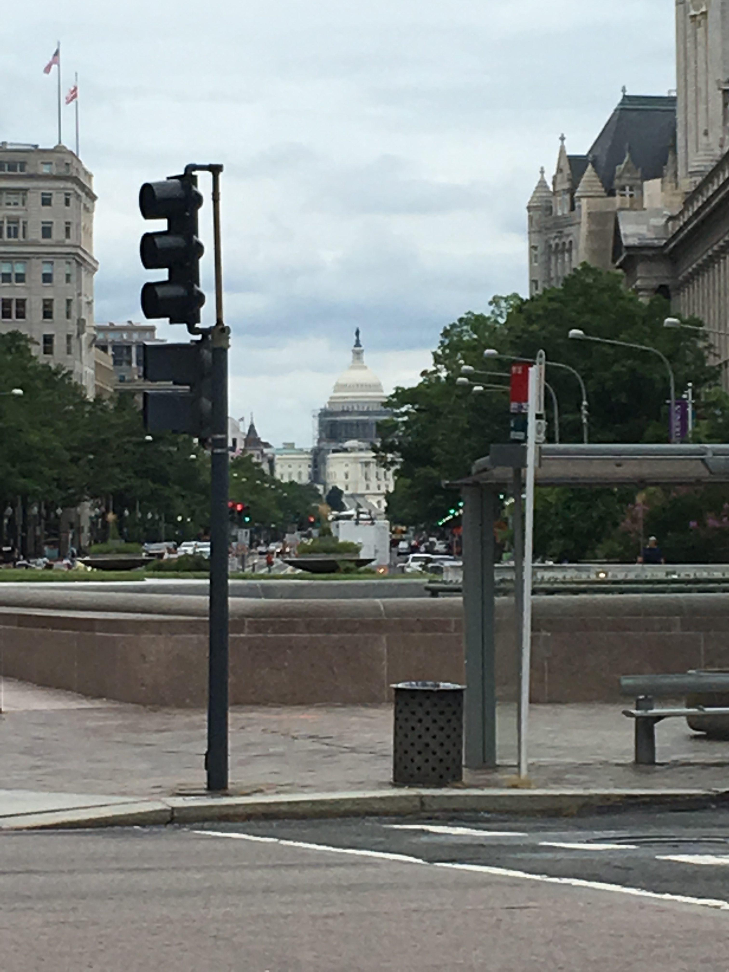 A Spontaneous Stop in Washington DC | Money Savvy Living