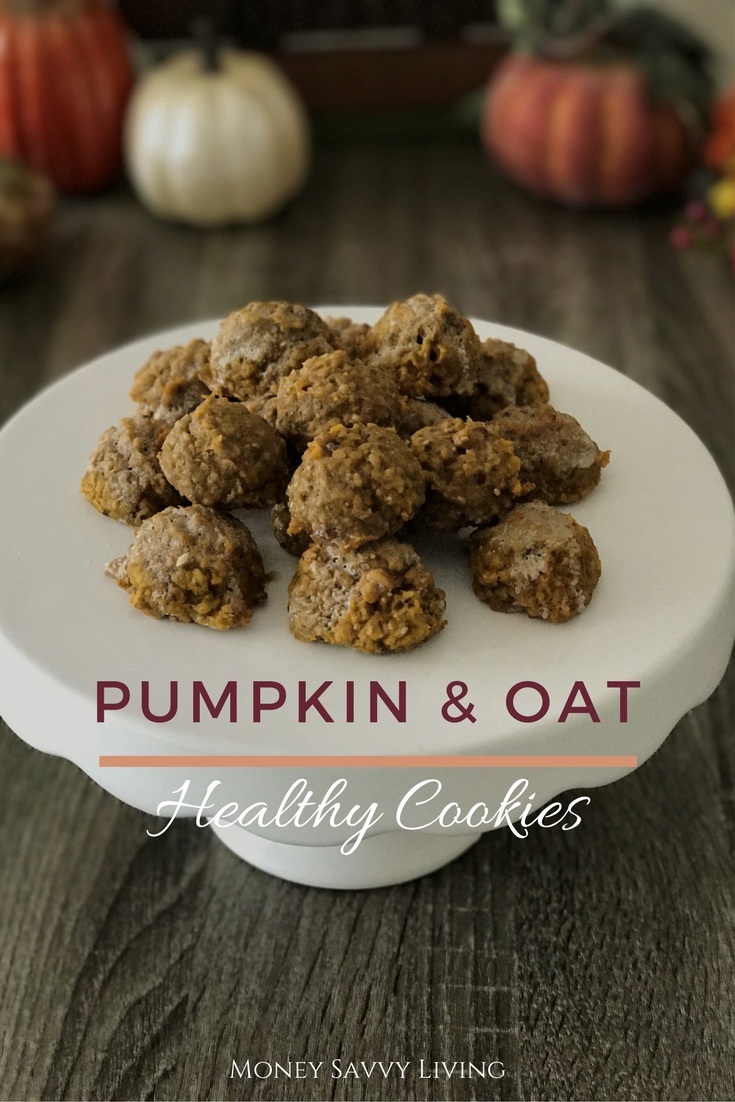 Are you ready for pumpkin everything this fall? You have to try these Healthy Pumpkin and Oat Cookies! A healthier chioce that is still a sweet treat! #healthycookies #pumpkin #oat #pumpkincookies #oatcookies #healthyrecipe #pumpkinrecipe