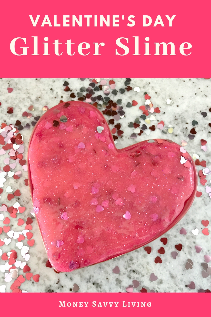 Do your kids love to make slime? Try to make this Valentine's Day Glitter Slime! #ValentinesDay #valentine #glitter #glitterslime #slimerecipe #slime #glitterslimerecipe