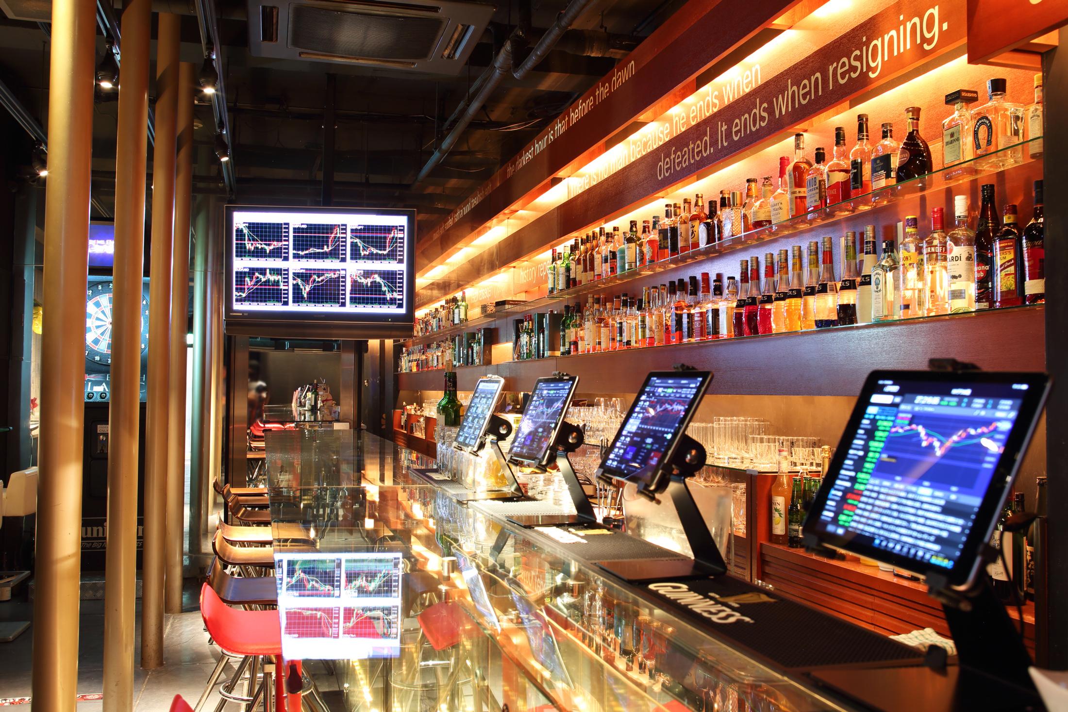 個人投資家・トレーダーが集う証券バー『BarFPO』が 大阪にグランドオープン!