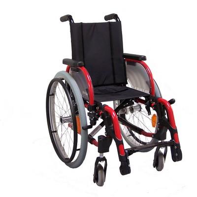 fauteuil roulant adapte aux personnes