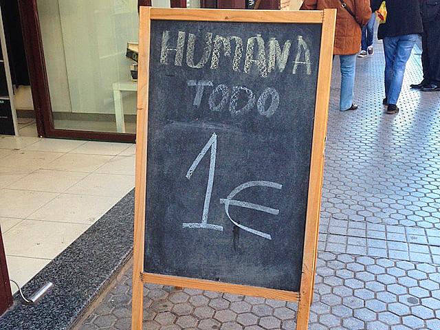 スペインの古着屋HUMANA
