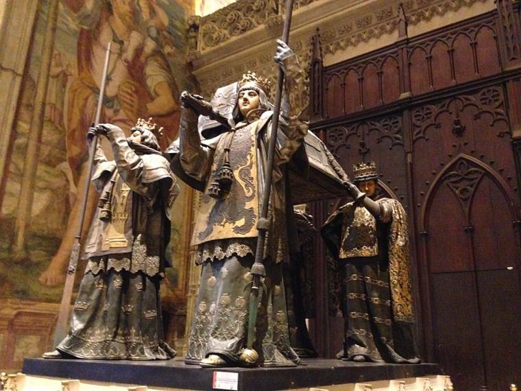 セビリア大聖堂のコロンブスの墓
