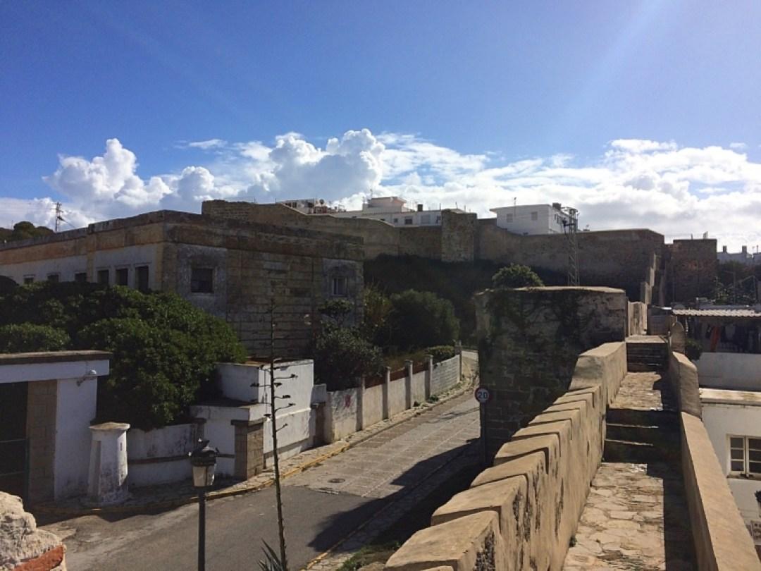 タリファのグスマン城壁