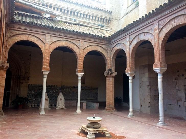セビリアのカルトゥハ修道院の修道女の生活場