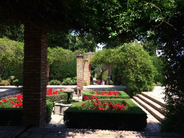 マラガのアルカサバの庭園