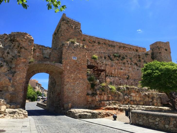 クエンカの旧市街地の門