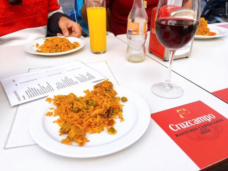 セビリアのトリアナにある老舗バル「Casa Manolo」の米料理