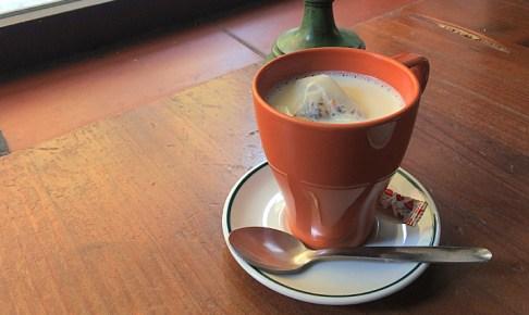 コーヒー文化のスペインでコーヒー嫌いがバルで飲むものは?