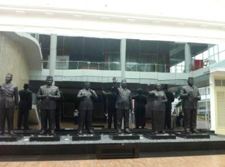 Patung Mantan Presiden.