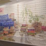 Mural de 759 servilletas de papel coloreadas a mano